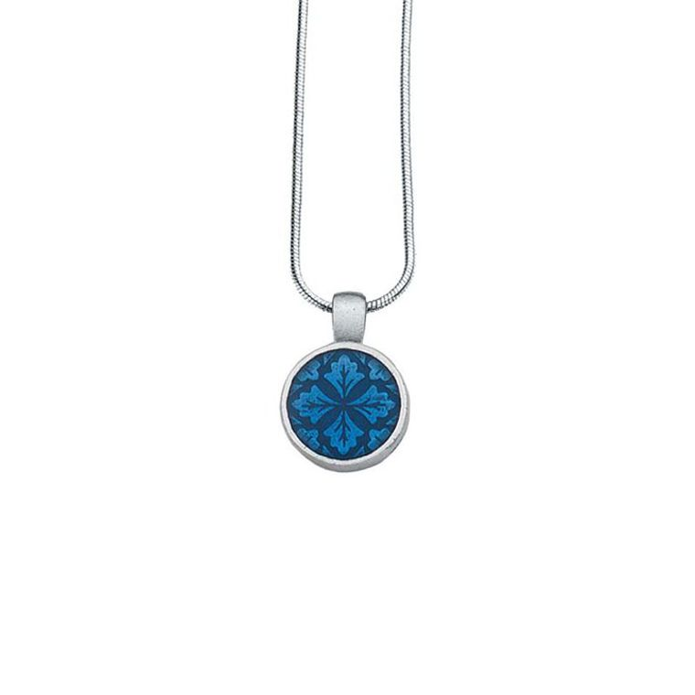 "Leaf Medallion/Cobalt 18"" Necklace"