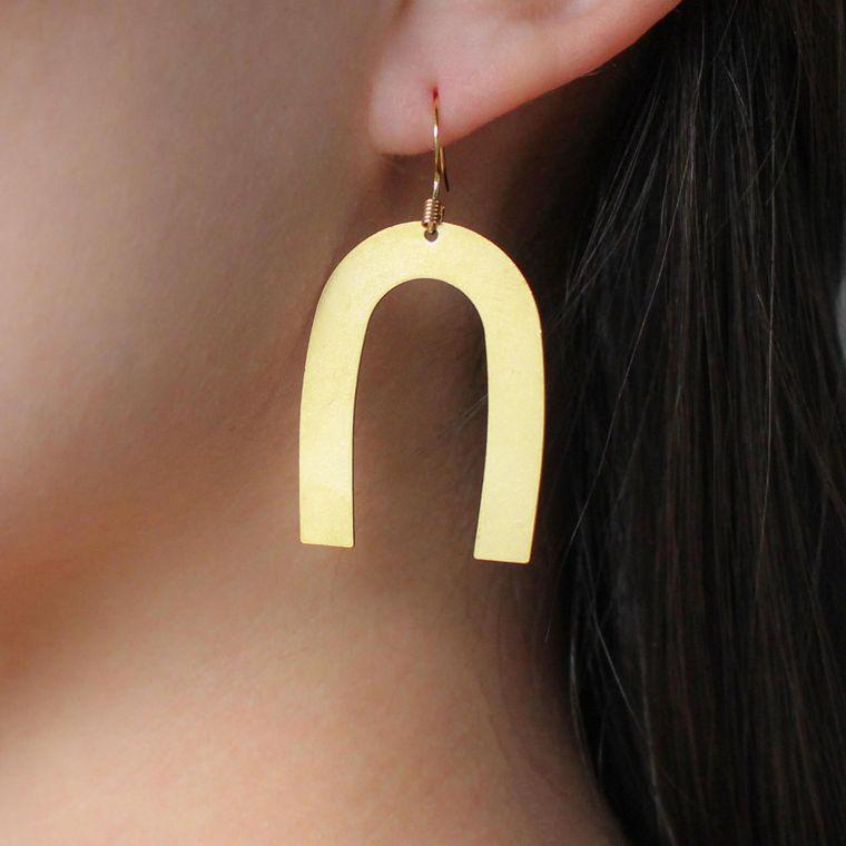 Demi Wishbone Earrings - Gold Demi