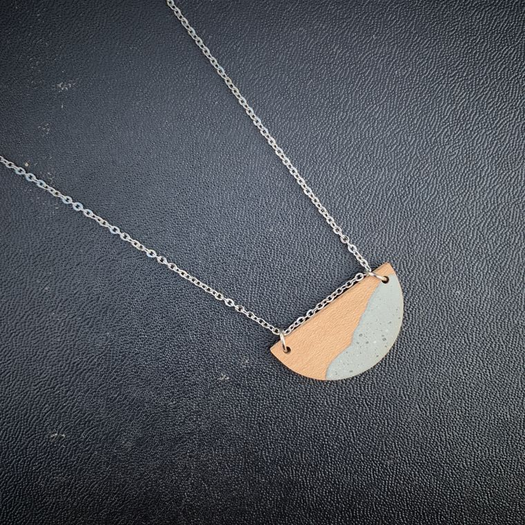 SMALL HALF MOON MAPLE WOOD AND CONCRETE NECKLACE, NATURAL, BOHO, MINIMALIST LAYERING NECKLACE