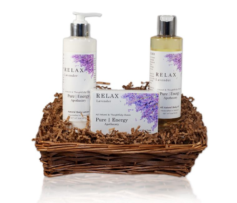 Daily Delight Gift Basket (Lavender)