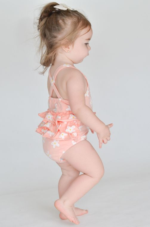 The Infant Romper in Daisy size 2T