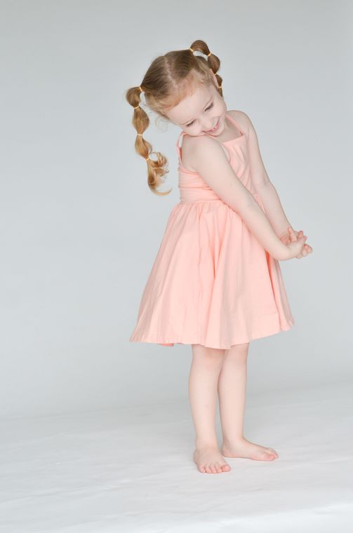 The Camila Dress in Tropical Peach size 3/4