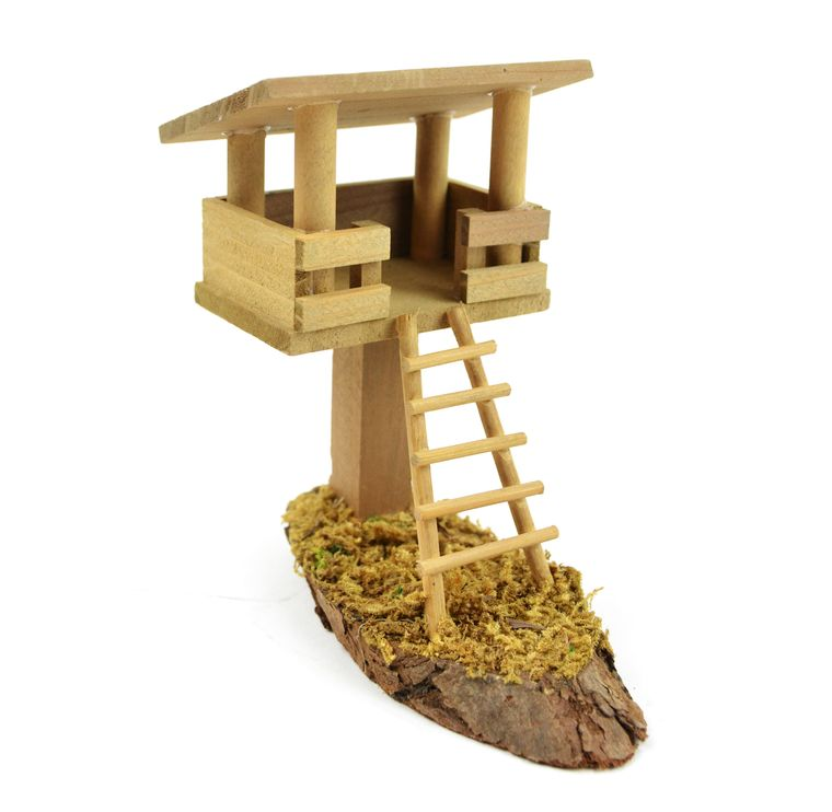 "5"" Wooden Tree House"