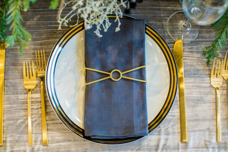 Circle X Napkin Wrap, Matte Gold Single