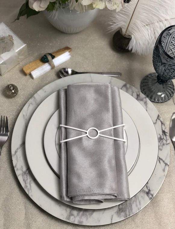 Circle X Napkin Wrap, Matte Silver Single