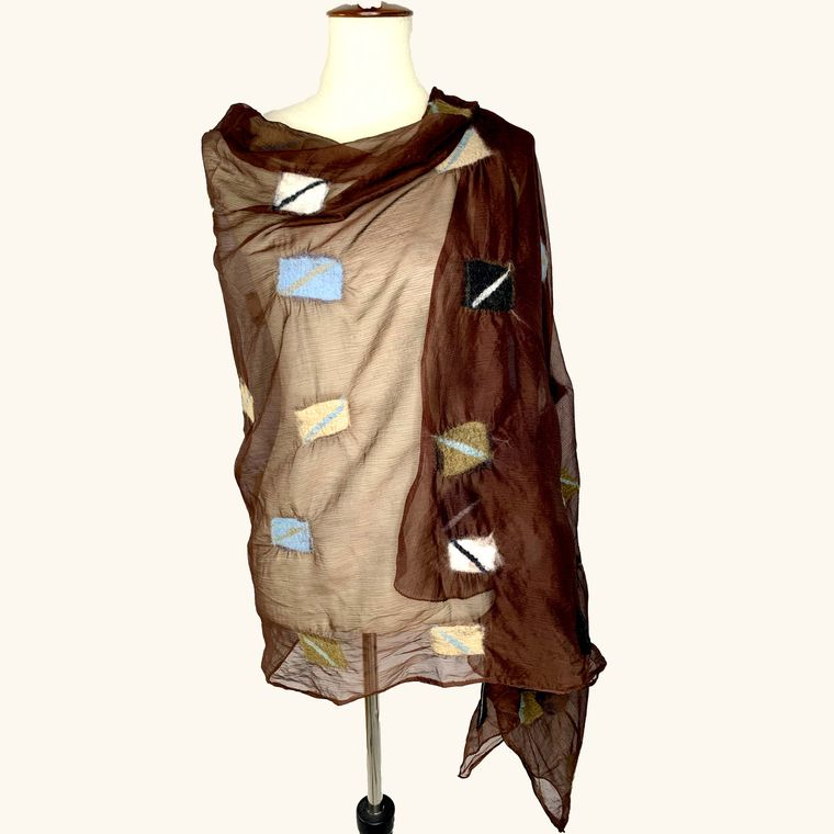 Square Motif - Brown