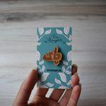 Chayee Wood Pin - Tea In Farsi