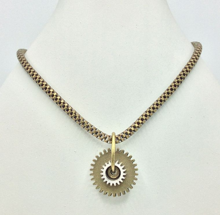 Chunky Gear Necklace