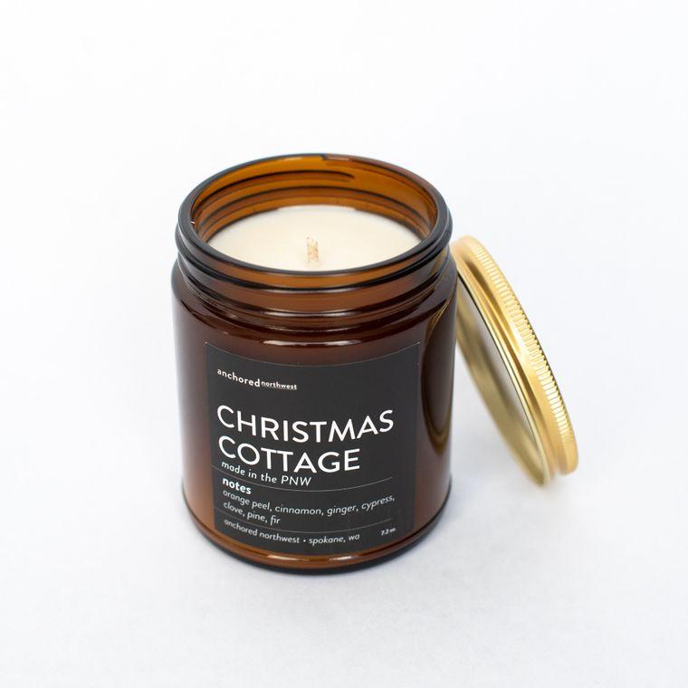 Christmas Cottage - Amber Jar w/ Cotton Wick