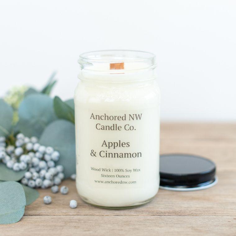 Mason Jar Soy Candle - Apples & Cinnamon (16 oz.)
