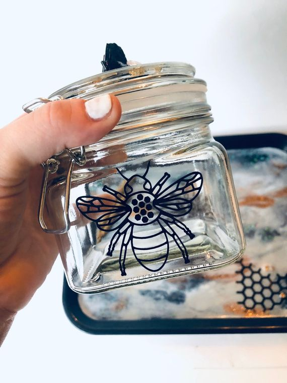 Queen bee stash jar with tourmaline & rose quartz lid