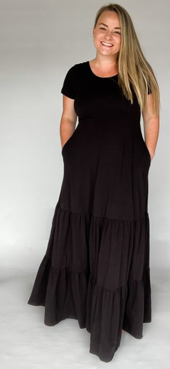 Mama Maxi in Midnight size 2XL