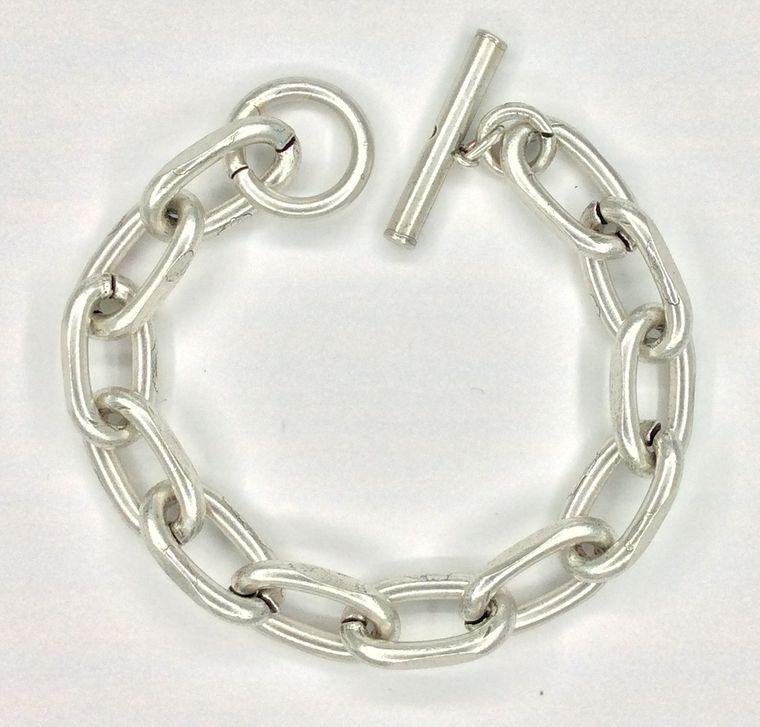 Chunky Toggle Bracelet - 1509