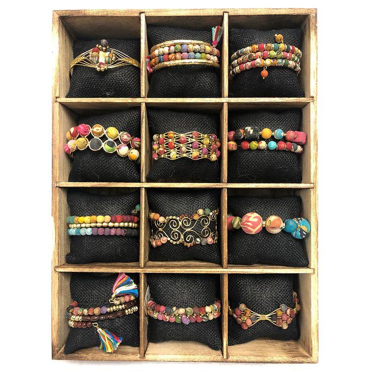 Aasha Prepack: 12 Bracelets with Box and Cushions