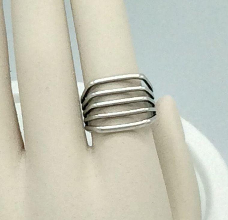 Industrial Bar Ring - R12