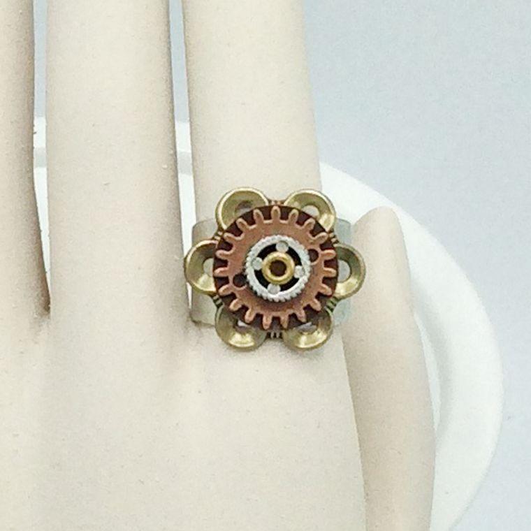 2-tone Adjustable Flower Ring - R39