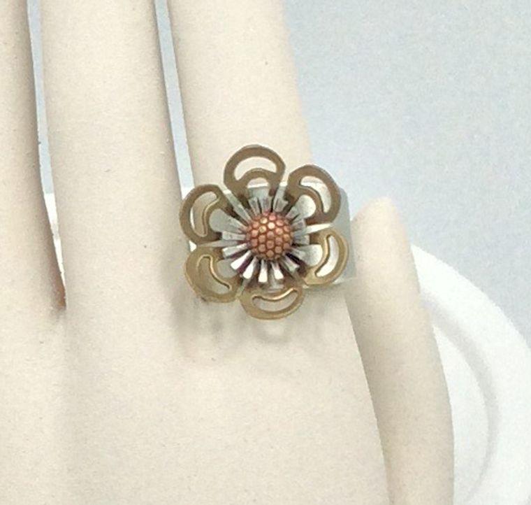 Adjustable Flower Ring - R51