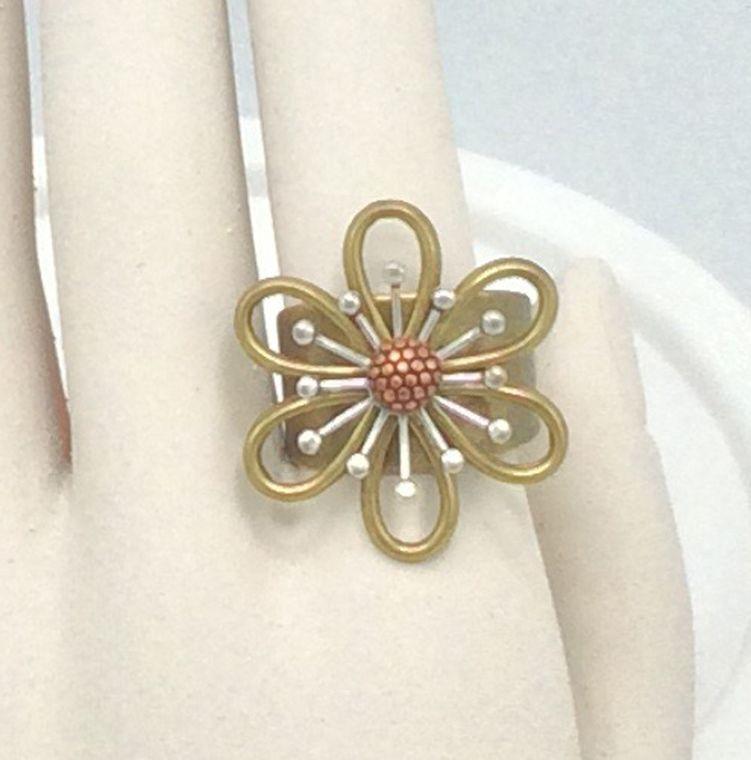 Adjustable Flower Ring - R41