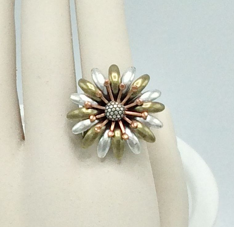 3-tone Adjustable Flower Ring - R34