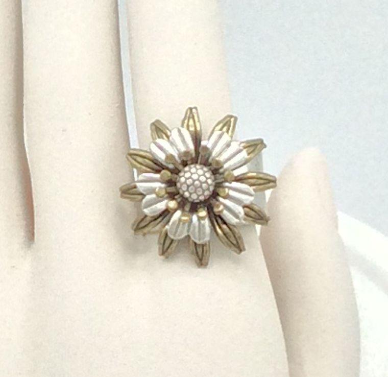 Adjustable Flower Ring - R30