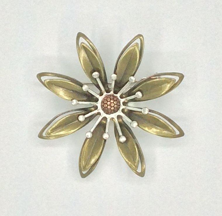 Mechanical Botanical Pin - 2115