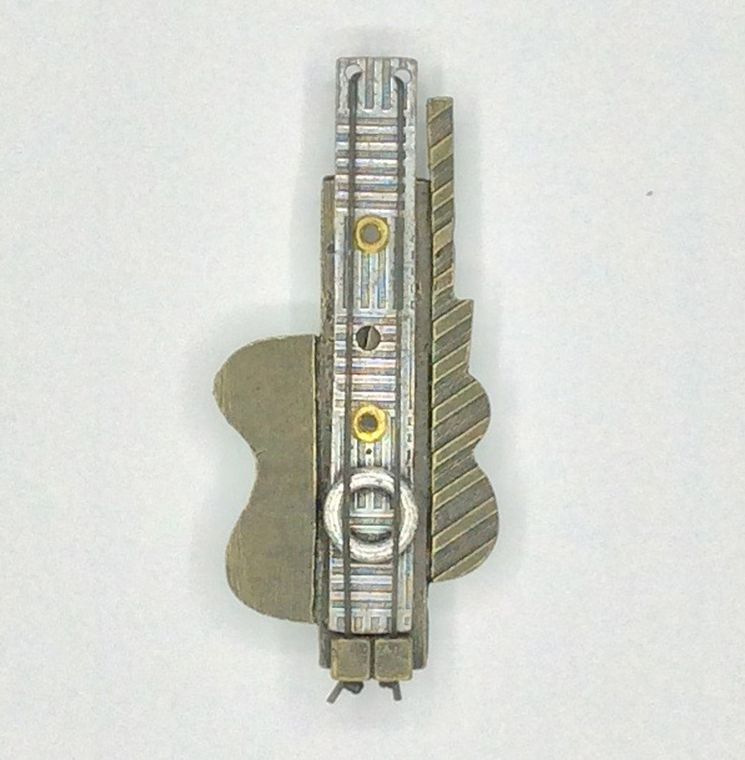 Picasso Guitar Pin - 2122