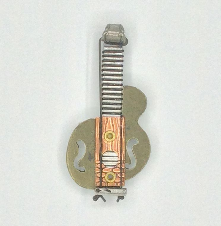 Picasso Guitar Pin - 2121