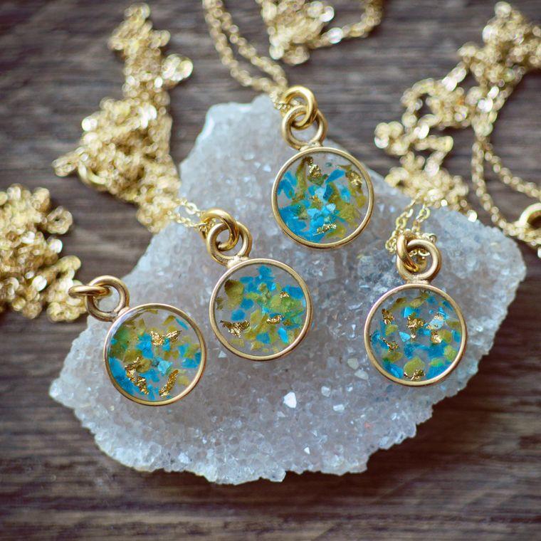 Gemstone Confetti Petite Round Necklace