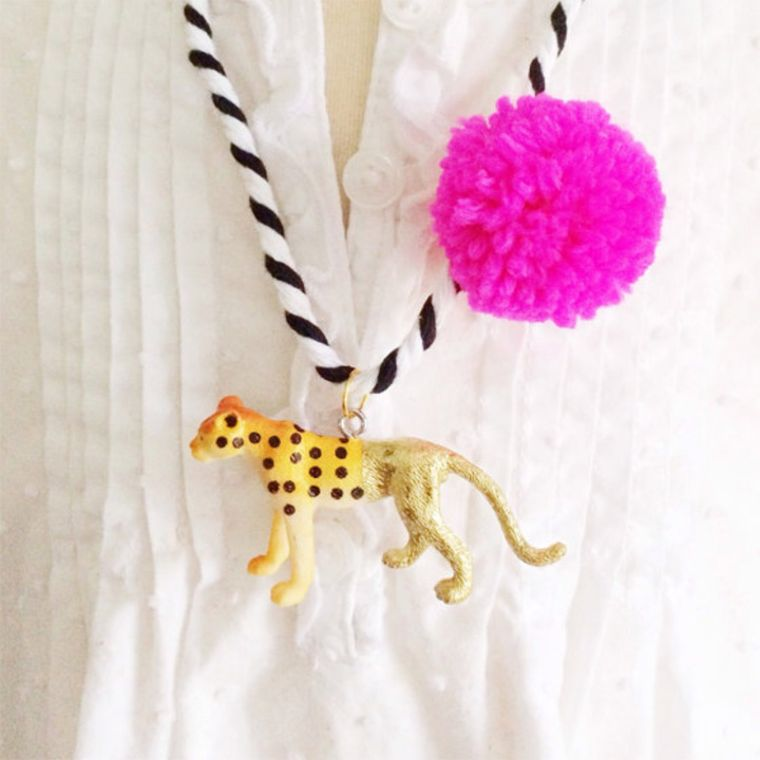 Cheetah Pompom Necklace in Pink