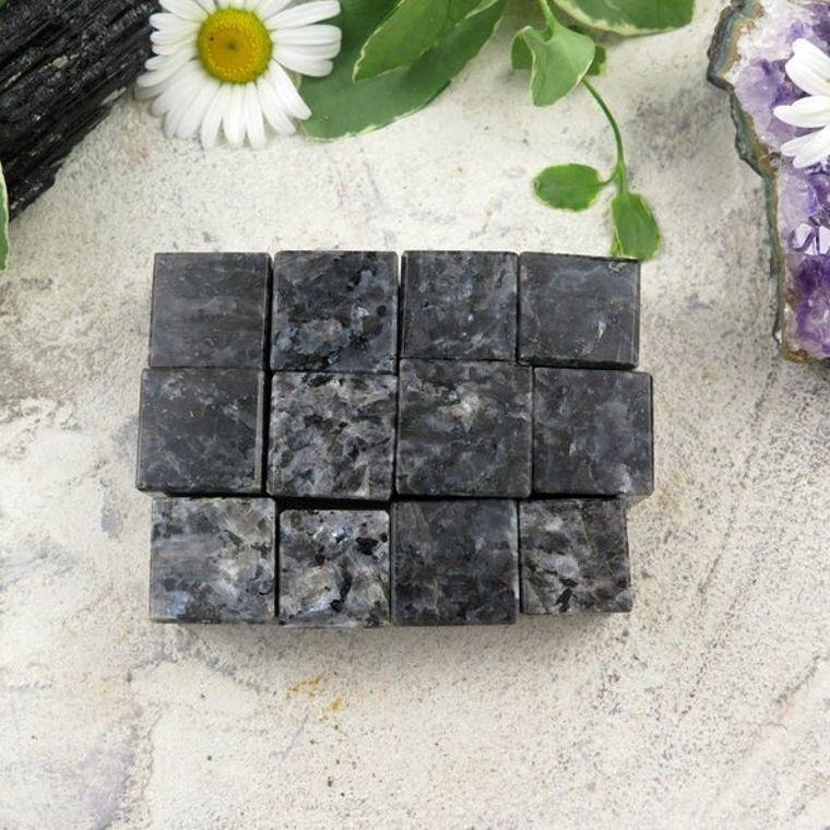 Larvikite Cubes