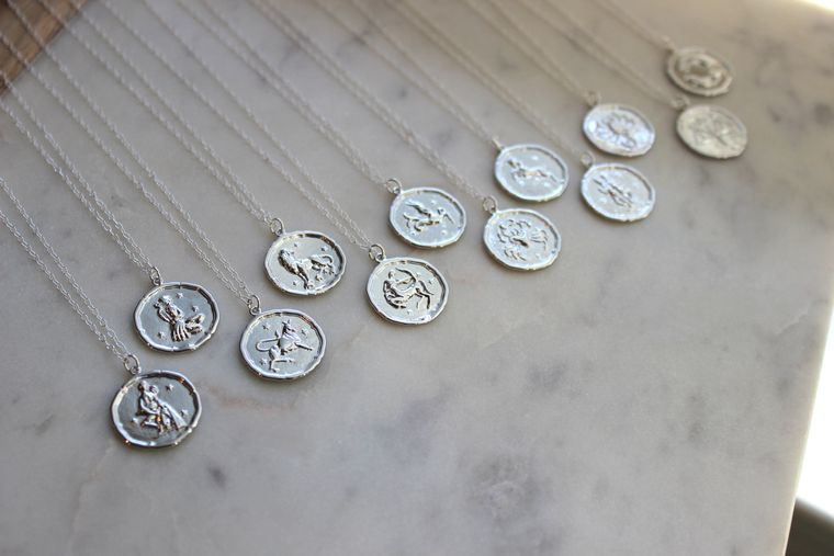 Silver Zodiac Necklace, Zodiac Coin Necklace, Zodiac Disc Necklace, Zodiac Jewelry, Celestial Jewelry, Zodiac Sign Necklace, Horoscope Disk
