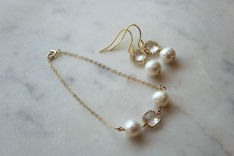 Pearl Jewelry Set, Crystal Jewelry Set, Gold Pearl Bracelet, Gold Pearl Earrings, Bridal Party Gifts, Wedding Party Gifts, Bridesmaid Gifts