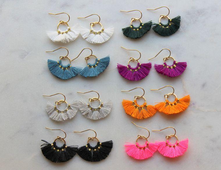 Fan Tassel Earrings, Hoop Earrings, Tassel Jewelry, Small Tassel Earrings, Small Fringe Earrings, Dainty Jewelry, Minimalist Earrings