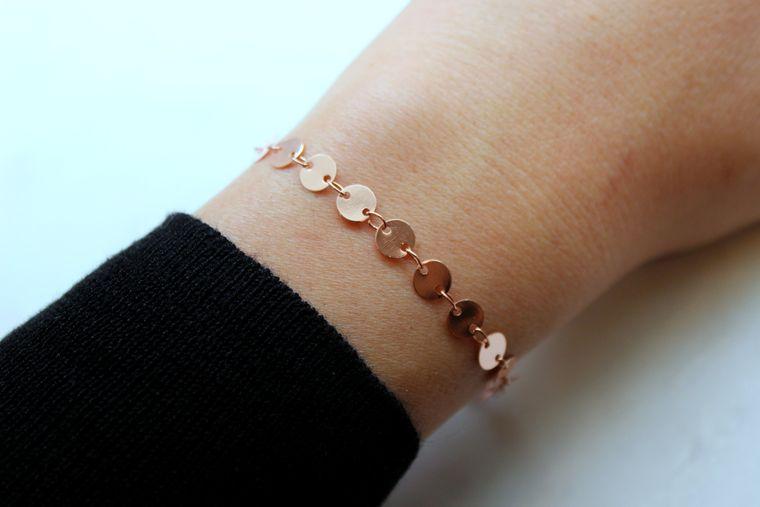 Rose Gold Coin Bracelet, Delicate Coin Bracelet, Coin Chain Bracelet, Coin Chain Jewelry, Layering Bracelet, Dainty Bracelet, 30th Birthday