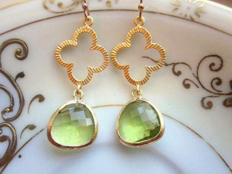 Peridot Earrings Green Gold Clover Quatrefoil - Bridesmaid Earrings - Wedding Earrings - Valentines Day Gift