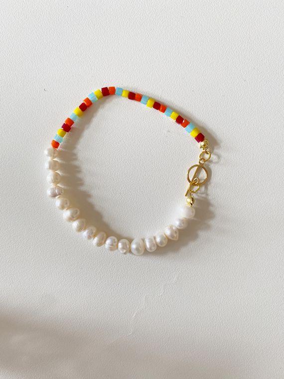 Asymmetrical Pearl and Glass Bracelet