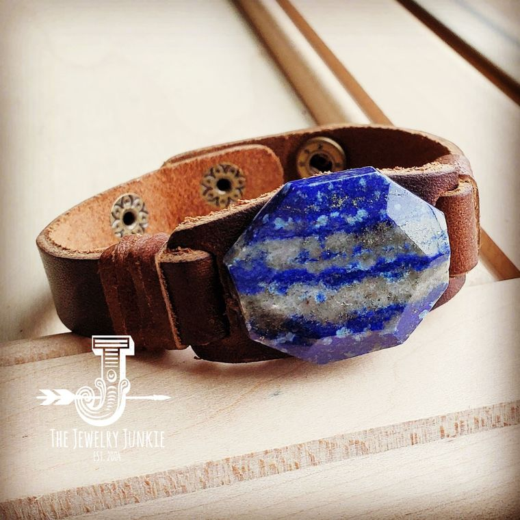 Narrow Leather Cuff with Navy Blue Lapis Gemstone Chunk 006f