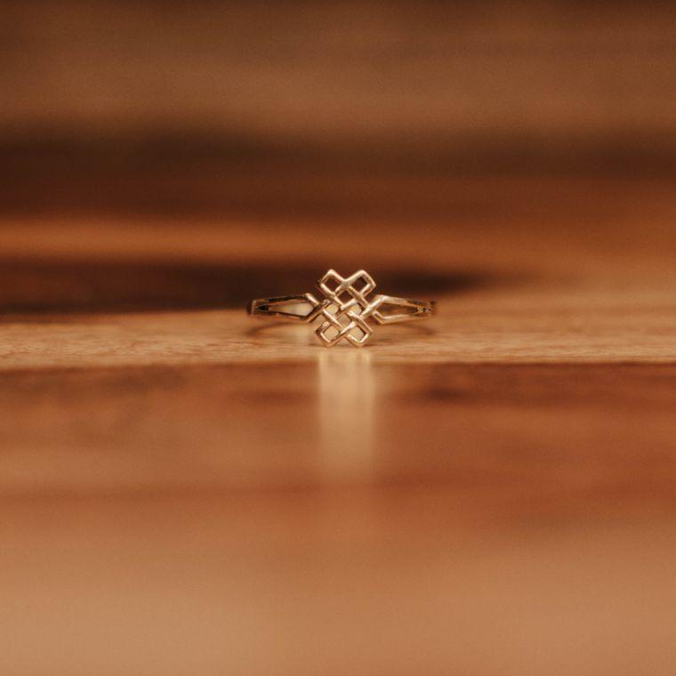 Eternal Knot Ring - Brass