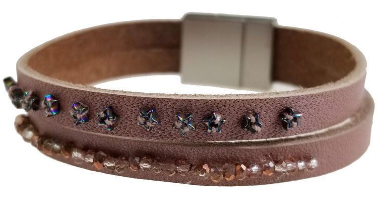 Dusty - Soft pink leather with seed bead bracelet