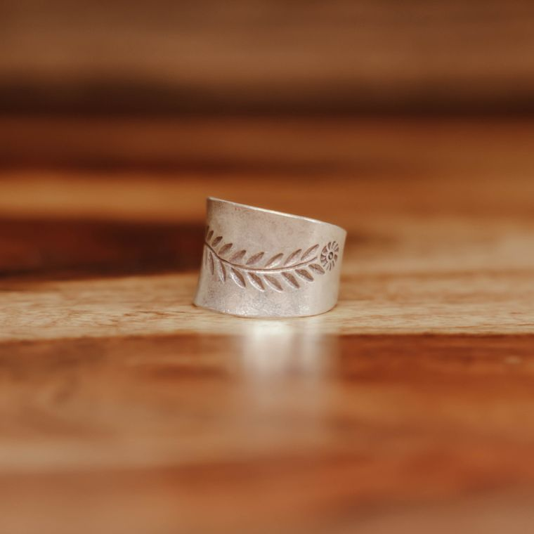 Wildflower Ring - Hill Tribe Silver