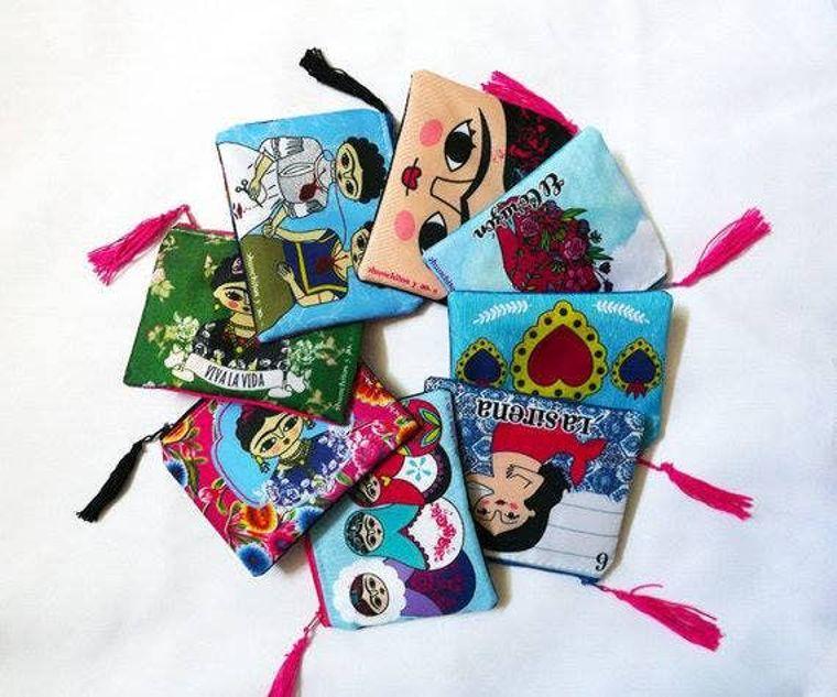 Starter Pack, 8  Frida Kahlo purses, original illustrations.