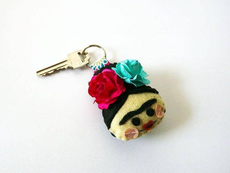 Frida Kahlo keynchain, hand embroidered