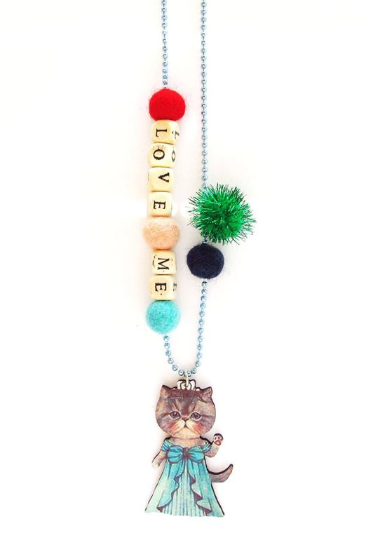 Love Me Classy Cat Push-pop Necklace - With Push-Pop