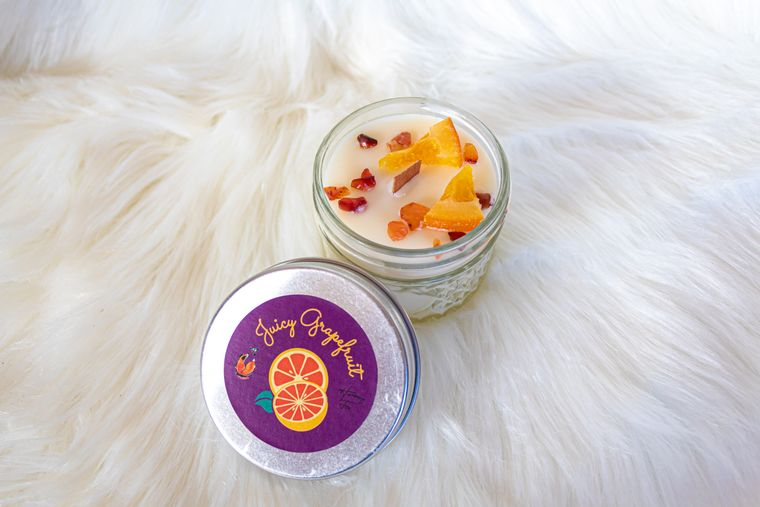 Juicy Grapefruit Candle| Coconut Wax Candle| Carnelian| Wood Wick Candle | Ritual Candle