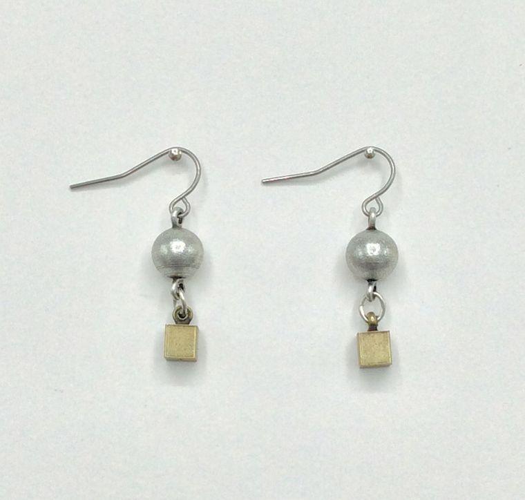 Minimalist Earrings - 3461
