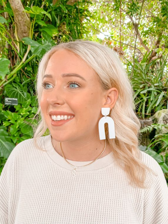 Wildflower Clay Earrings- Everly in white