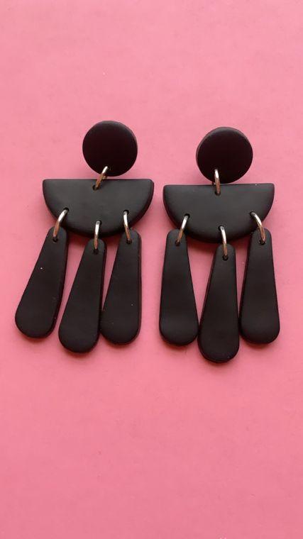 Wildflower Clay Earrings- Ophelia in Black