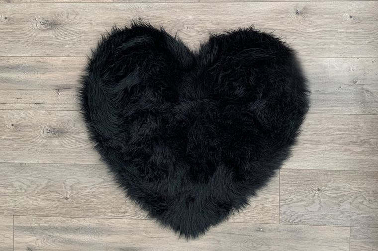 Machine Washable Faux Sheepskin Black Heart Area Rug