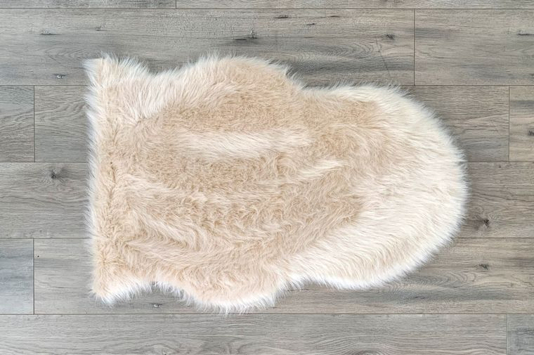 Machine Washable Faux Sheepskin Champagne Area Rug
