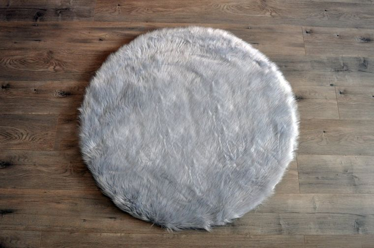 Machine Washable Faux Sheepskin Light Grey Round Area Rug